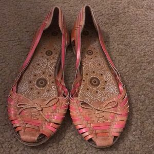 Cute hipster slip-on sz 8